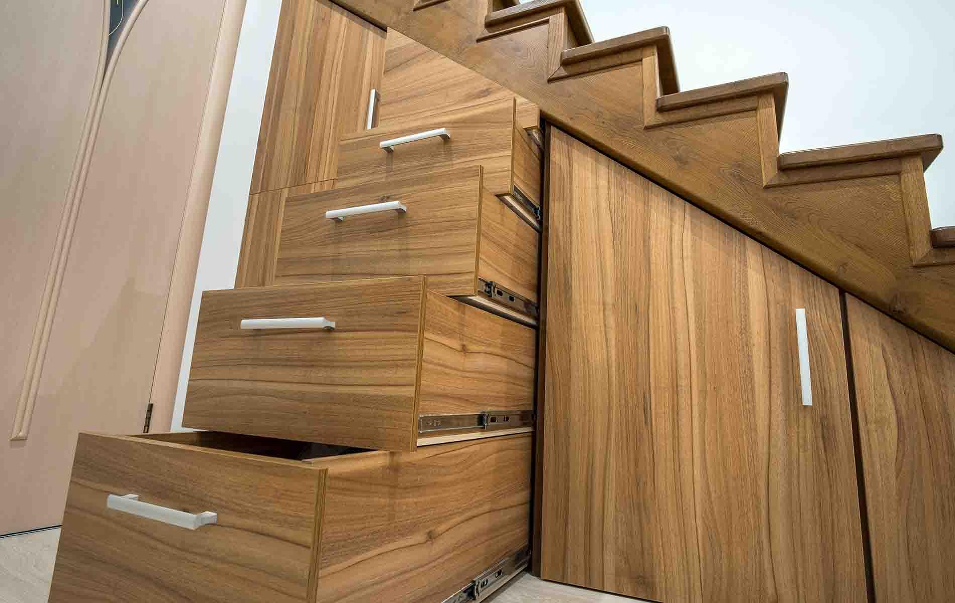 Escaleras de madera a medida en santiago de compostela